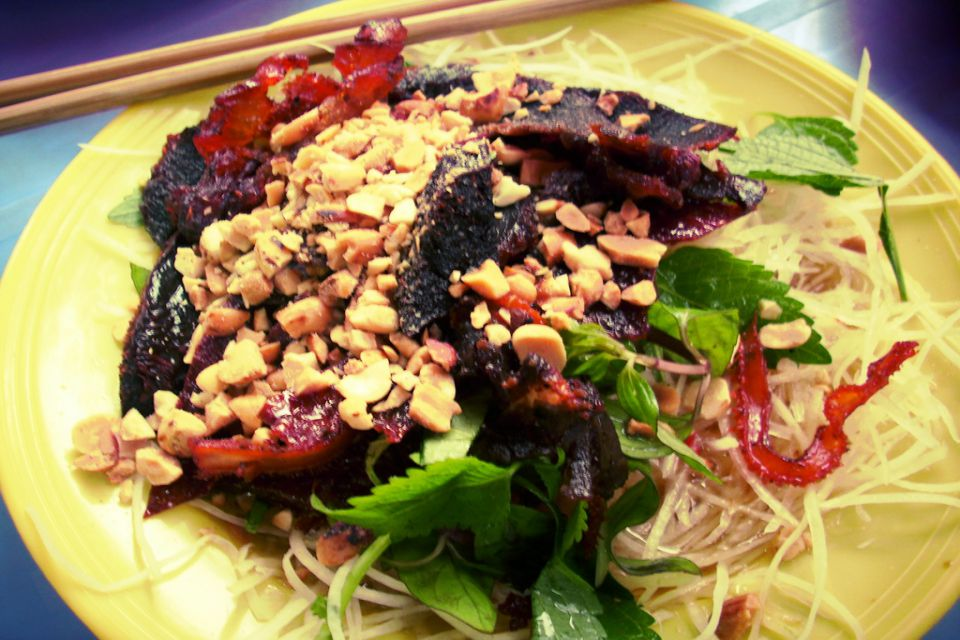 NỘM BÒ KHÔ – hanoi local food tours