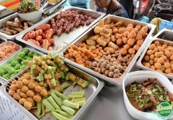 Hanoi Street Foods Attract A Lot Of Tourists